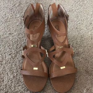 Sandal with a bit of a wedge